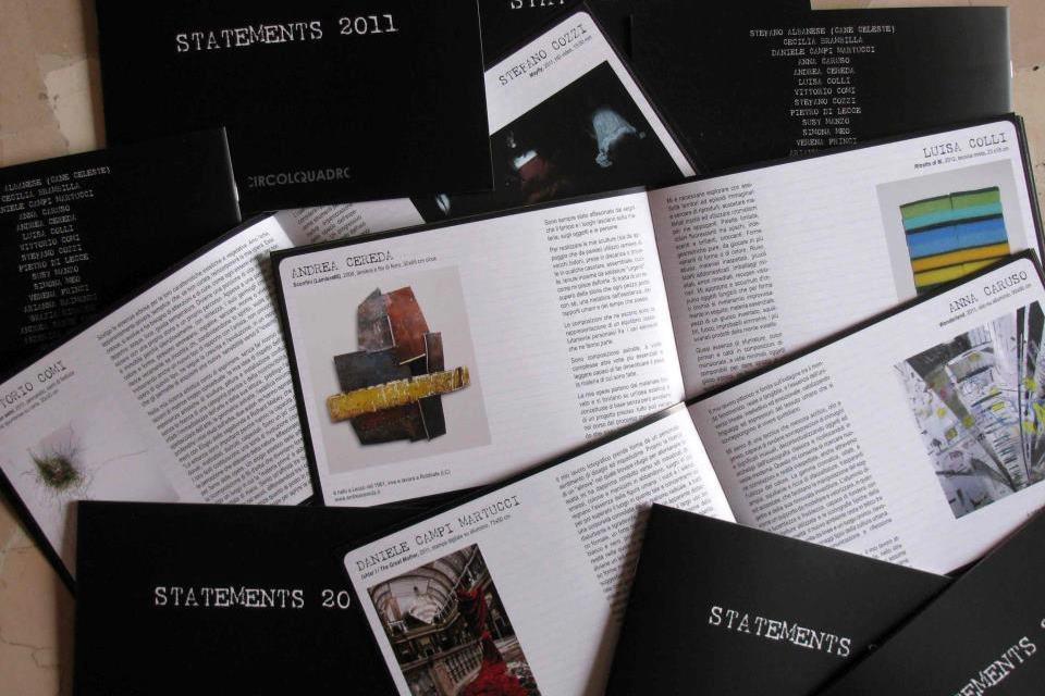 I cataloghi realizzati per la mostra finale del workshop Manuale per artisti